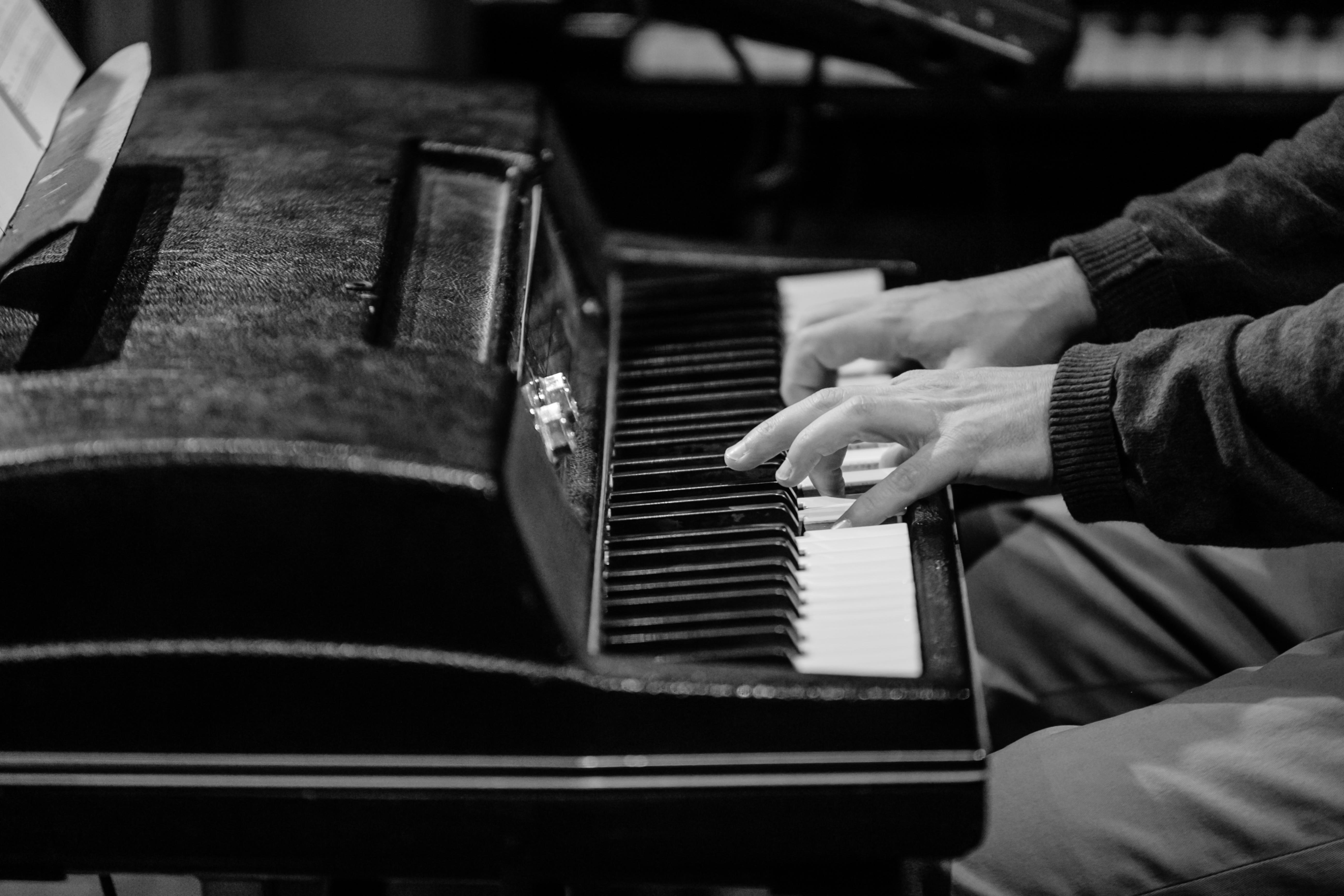 Cary Brown pianist, keyboardist, studio
